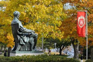 photo of the Abraham Lincoln statue in front of Bascom Hall