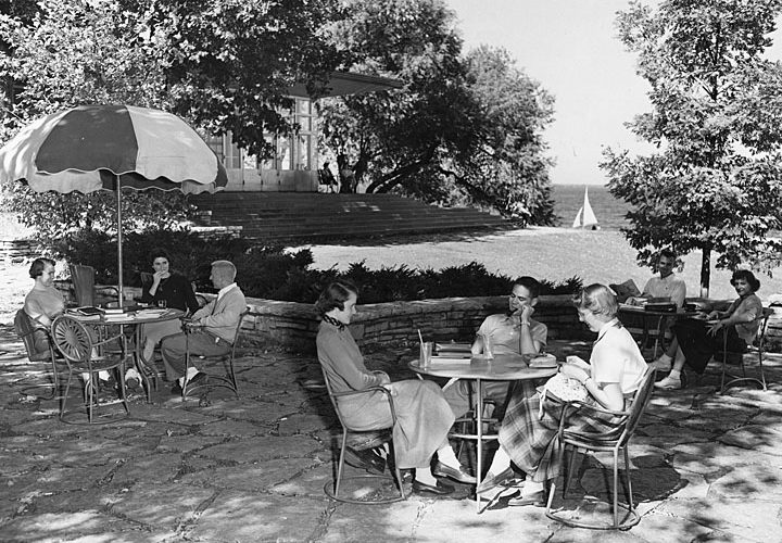 vintage photo of the Memorial Union Terrace